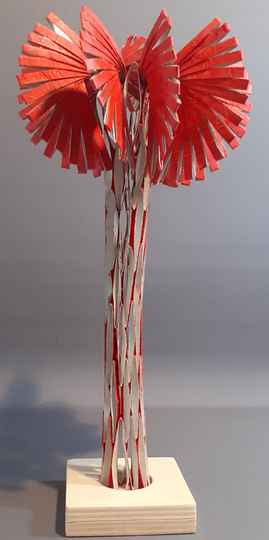 Papersculpture; rood
