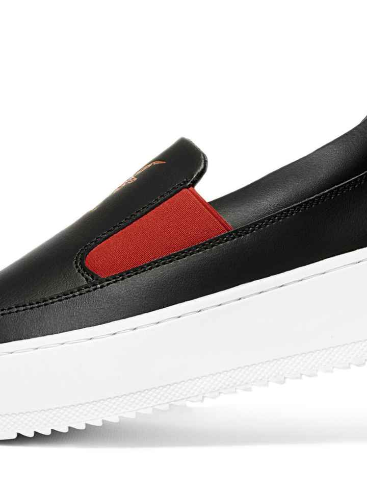 Low top laceless sneakers - Black/Red