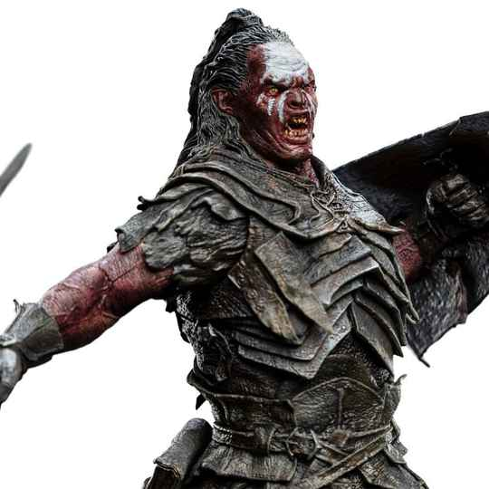 The Lord of the Rings Figures of Fandom PVC Statue Lurtz 25 cm