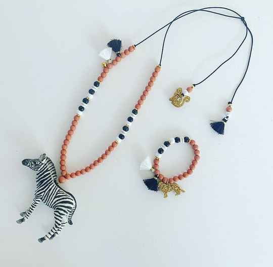 Ketting  |  Coral  |  Stripes