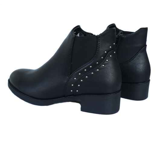 Pieces Boots in schwarz (UVP. 49,95)