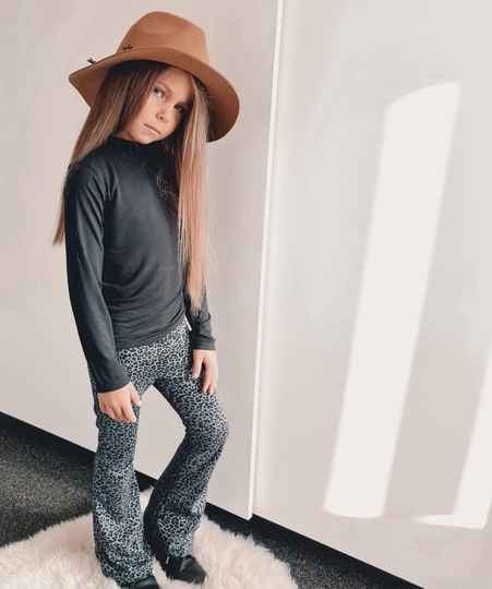 Flared Grey Leo | No Labels Kids