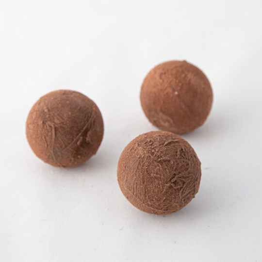 cacaopoeder, witte en pure chocolade