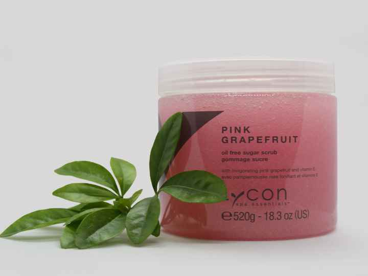 Lycon Pink Grapefruit oil free sugar scrub for smooth skin 520g