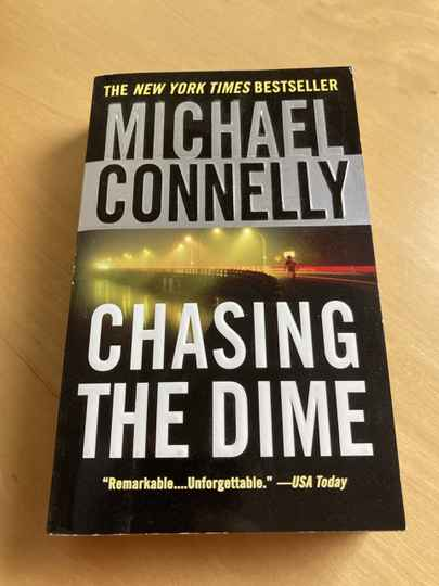Michael Connelly - Chasing the dime (Engels)
