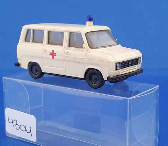 Herpa - Ford Transit ambulance (4304))