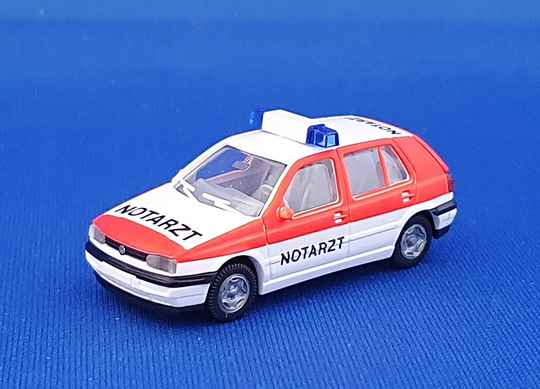 Wiking 07101 - VW Golf III - CL 4 deurs NEF Notarzt (1518)