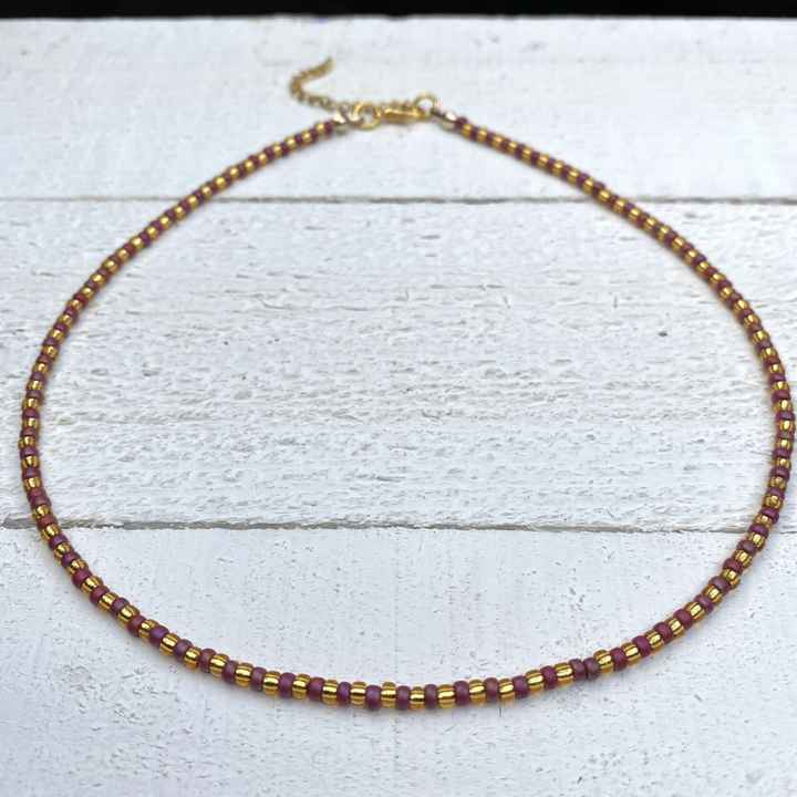 Choker frosted rainbow red gold
