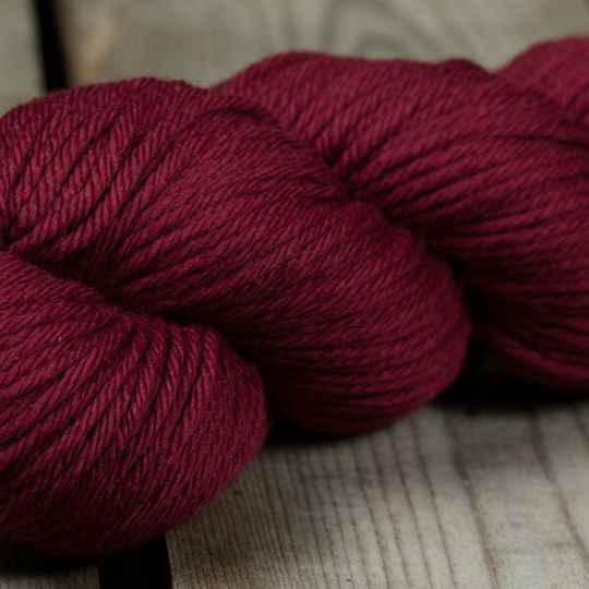 Rosy Green Wool - Ruby (rood)
