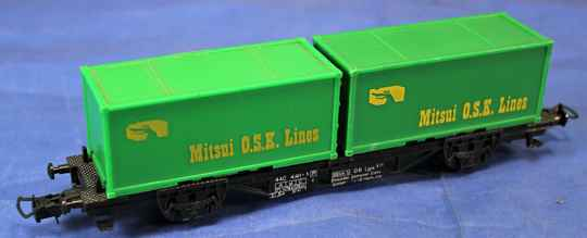 Faller H0 Container wagen met twee Mitsui containers.