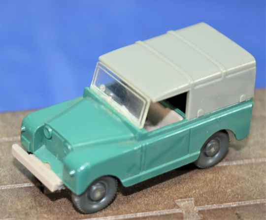 Wiking 1/87 H0  100/7 Landrover.