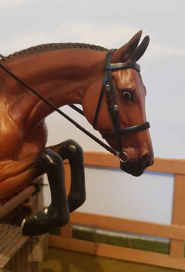 Plain Snaffle Cavesson Buckled Bridle