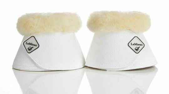 Le Mieux Over Reachs Boots Lambskin White