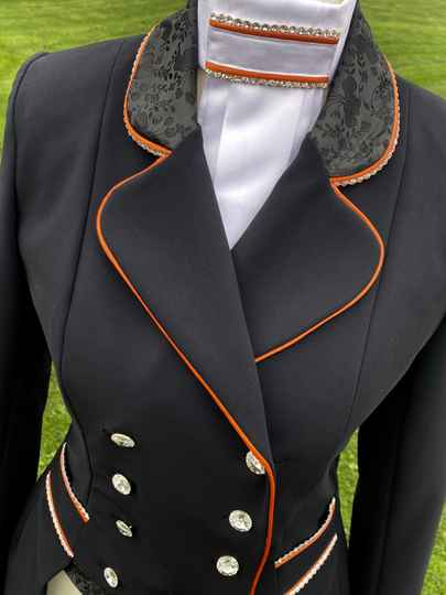 Short Tailcoat Mini-Frack Black Orange LE