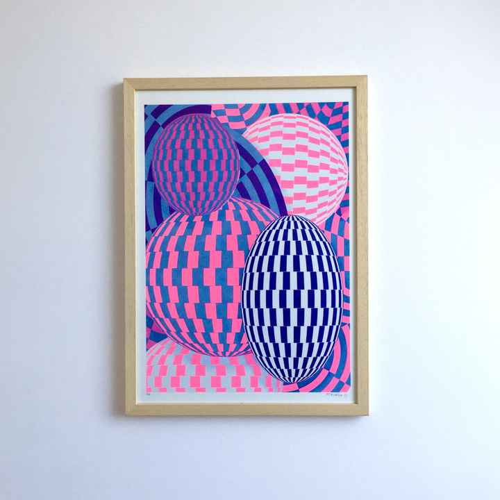 Petra Verkade - Floating Bulbs - A3 Riso print