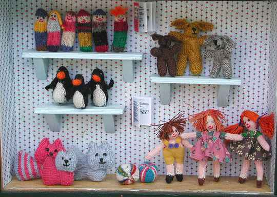 Gebreide poppen en knuffels -1 - Knitted dolls and cuddle toys in minature-1