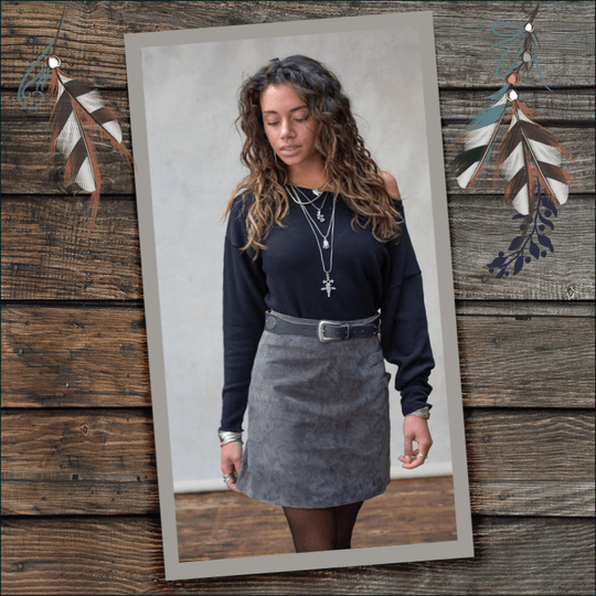MOOST Wanted River Leather Buckle Skirt Stone Grey