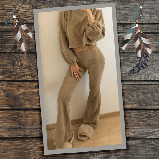 Corduroy set van flared broek + crop top