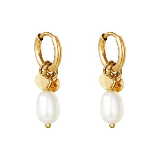 Pearly earrings gold