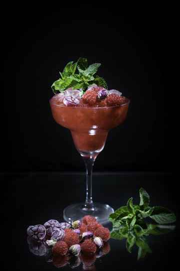 VIRGIN LAZY RED CHEEKS mocktailbox - 4x ready-to-serve frisse, fruitige, doch zoete mocktails