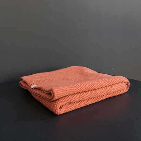 Coco & pine knitted blanket terracotta