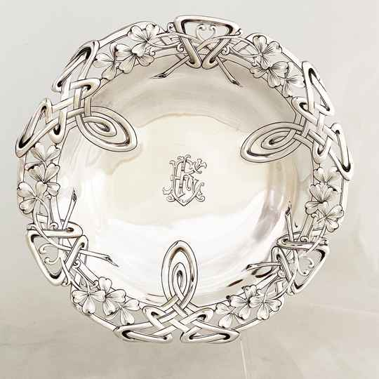 Pair Of Art Nouveau Presentation Dishes, Sterling Silver, France 1890-1900, Alphonse Debain
