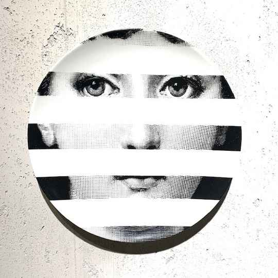 Fornasetti Tema e Variazioni Wall Plate - No.029 Limited edition exclusively made for Donum