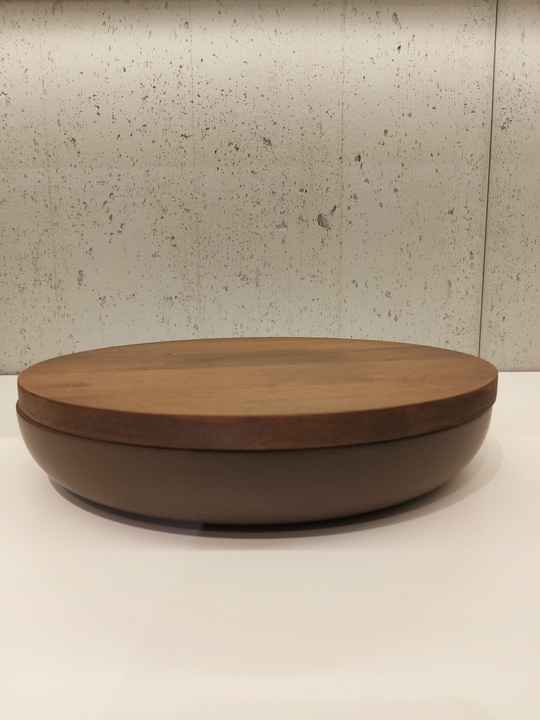 Wow VVD-pottery large brown ø30 / walnut lid 3052