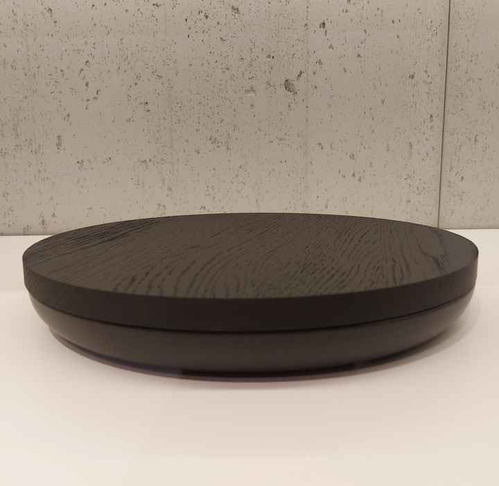 Wow VVD-pottery large black ø30 / oak lid lacquered black 3022