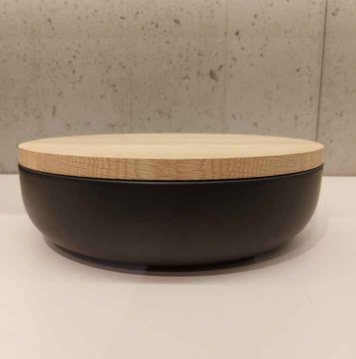 Wow VVD-pottery large black ø30 / oak lid 3072