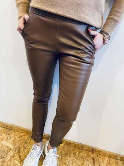 Leather look chino - cognac