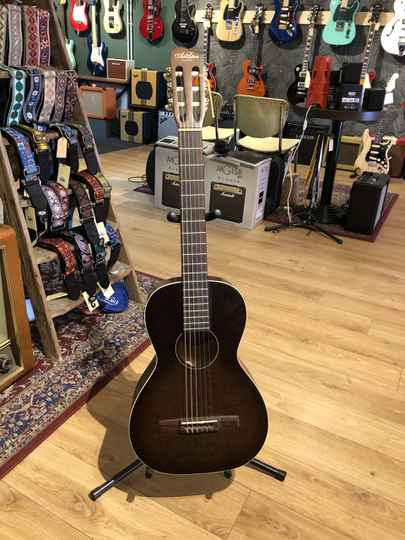 Art & Lutherie Roadhouse Nylon -used-