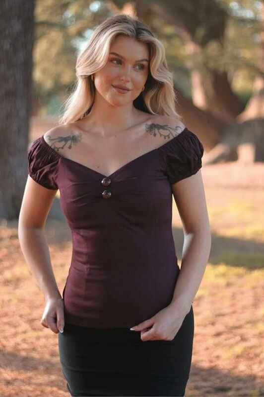 New! Dolores top Plum Collectif