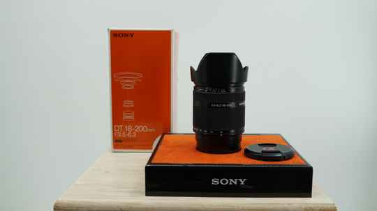 Sony 18-200mm lens A-mount all-round lens.