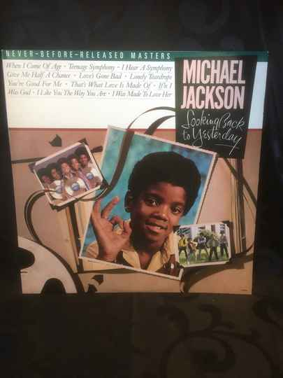Michael Jackson - Looking Back To Yesterday