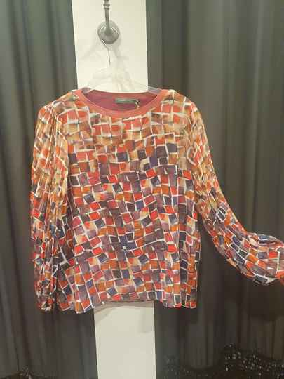 Lizzy & Coco blouse