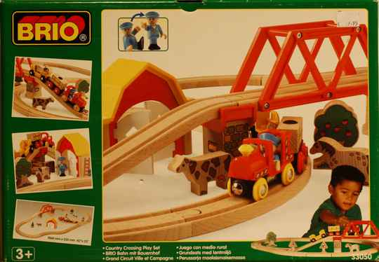 Brio  33050 country crossing speel set