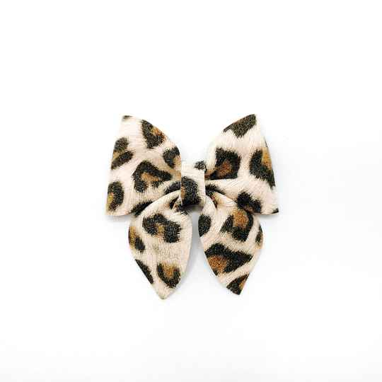 Baby leopard bow