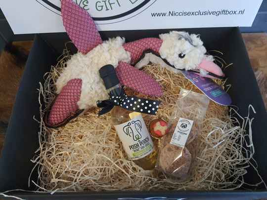 The Lovely Pink Duck GIftbox
