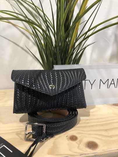LOFTY MANNER belt bag
