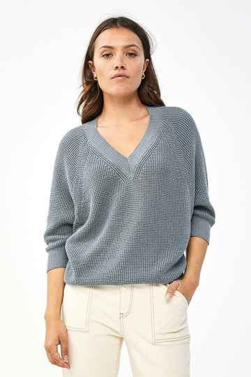 By Bar June Pullover (Smoke Blue)