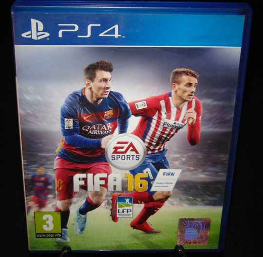 FIFA 16 / PS4 / Complet / Fr.