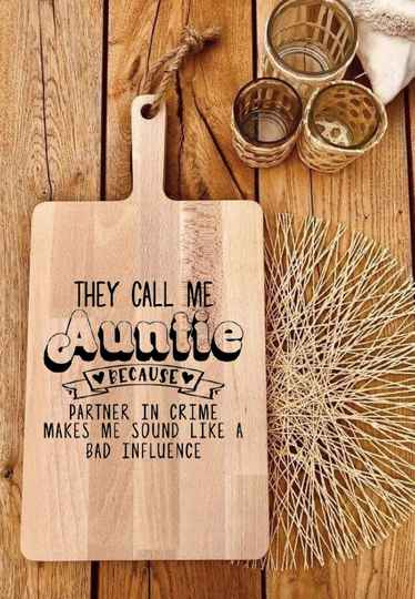 Tapasplank : they call me auntie…