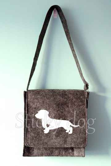 Felt shoulder bag Wire-haired Dachshund - Teckel  with heart dog silhouette