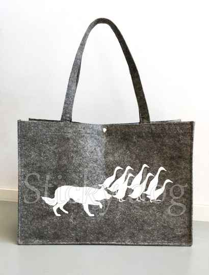 Felt bag Border Collie working with sheep duck dog silhouette