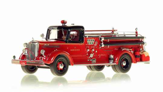 Fire Replicas - Chicago Fire Department - Mack 1949 L Coupe Engine 68