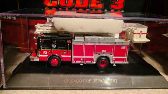 Code 3 Collectibles - Chicago Fire Dept - Snorkel 5A