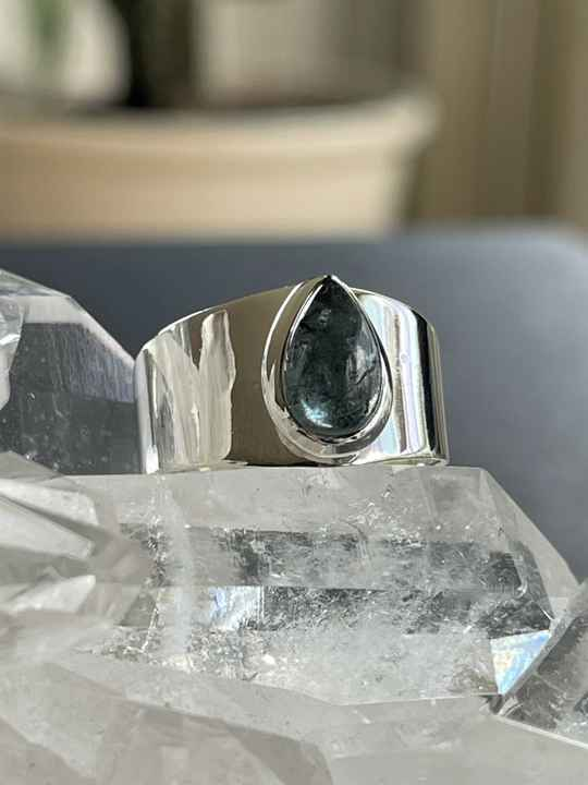 Apatiet Ring Cabochon druppel breed, maat 17,9
