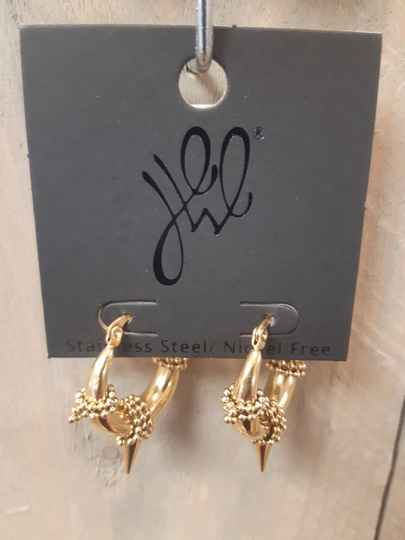 The Goldie Stitch EARRING