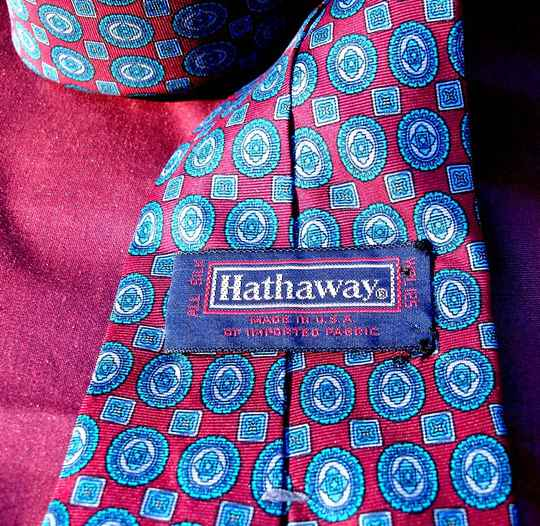 Hathaway Vintage Men's Tie In Red White And Blue